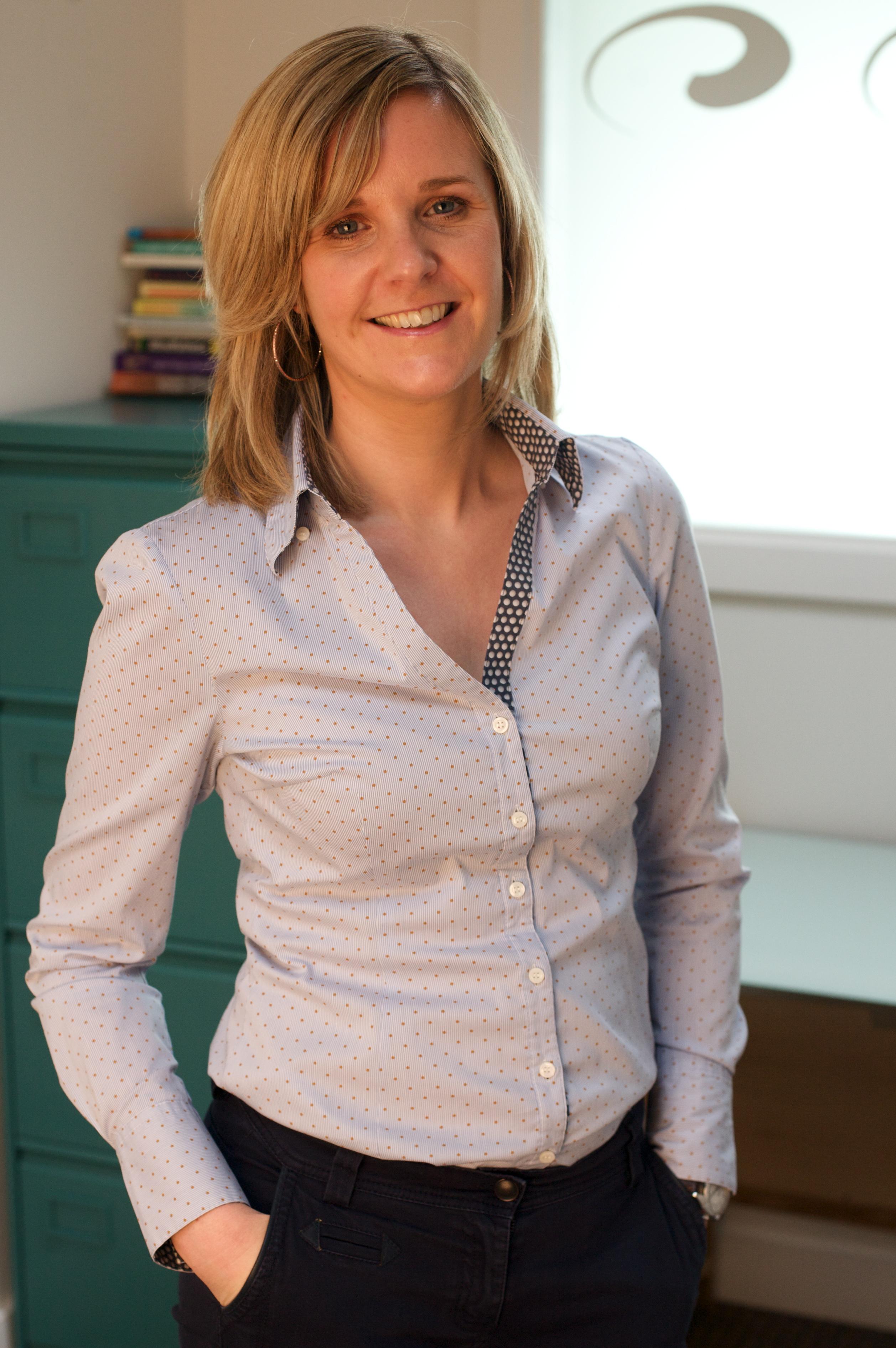 Dr Roisin Joyce